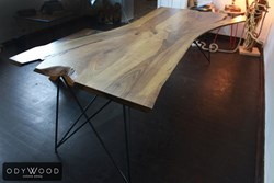 live-edge-walnut-table-lines-metal-leg