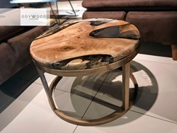 ivy-walnut-wood-epoxy-resin-coffee-table