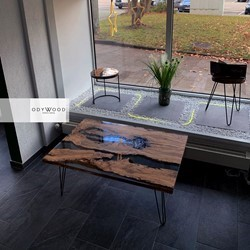 Transparent Resin Coffee Table - Olive Wood Slabs