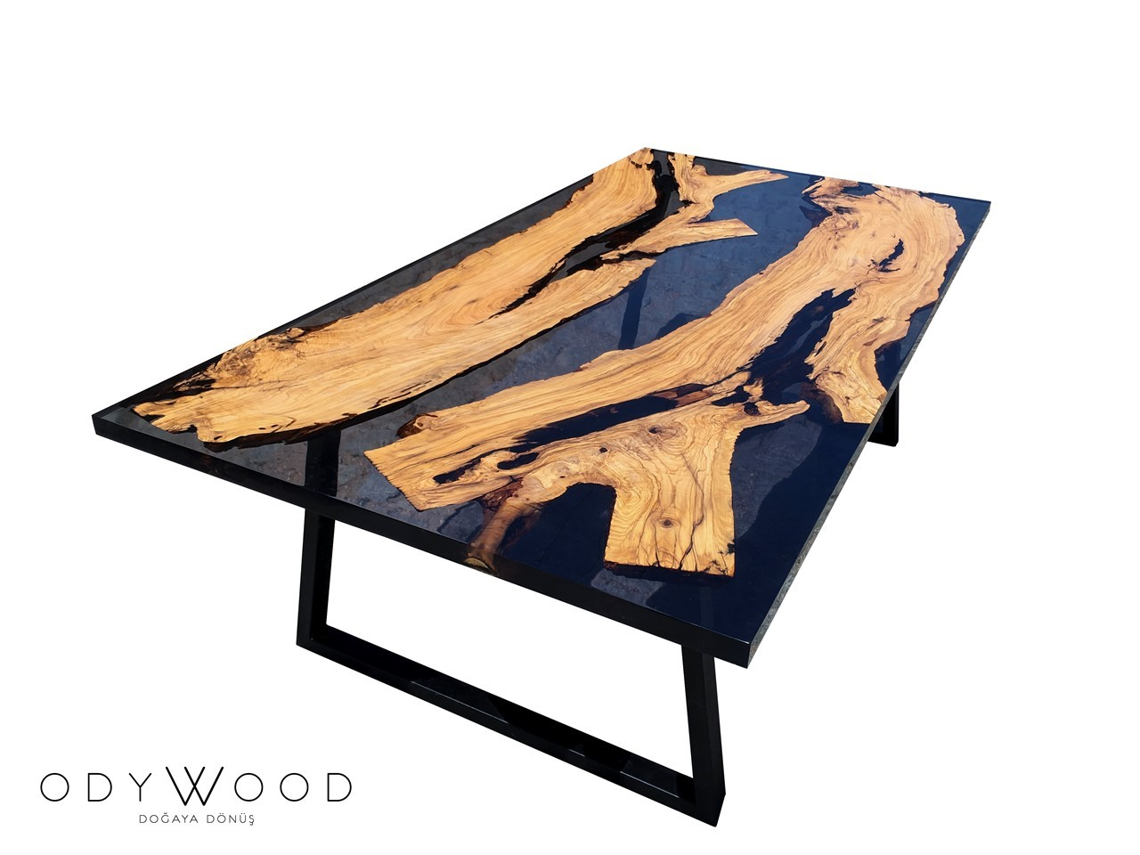 Transparent Black Epoxy Resin Dining Table'in resmi