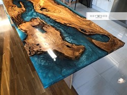 waterfall-turquoise-epoxy-table