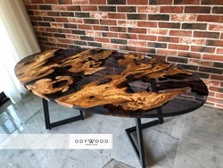 oval-transparent-black-epoxy-resin-dining-table