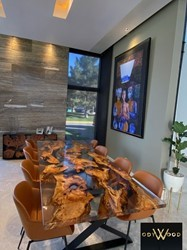 epoxy-resin-table-with-olive-wood-slabs